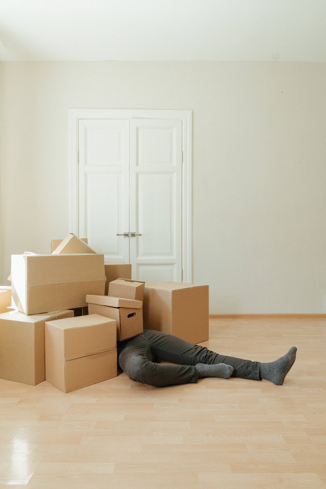 moving and de-cluttering is stressful, but is better with a professional move manager and NAPO organizer