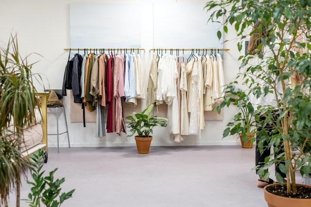 A rack of clothes that can help you declutter and organize your closet.